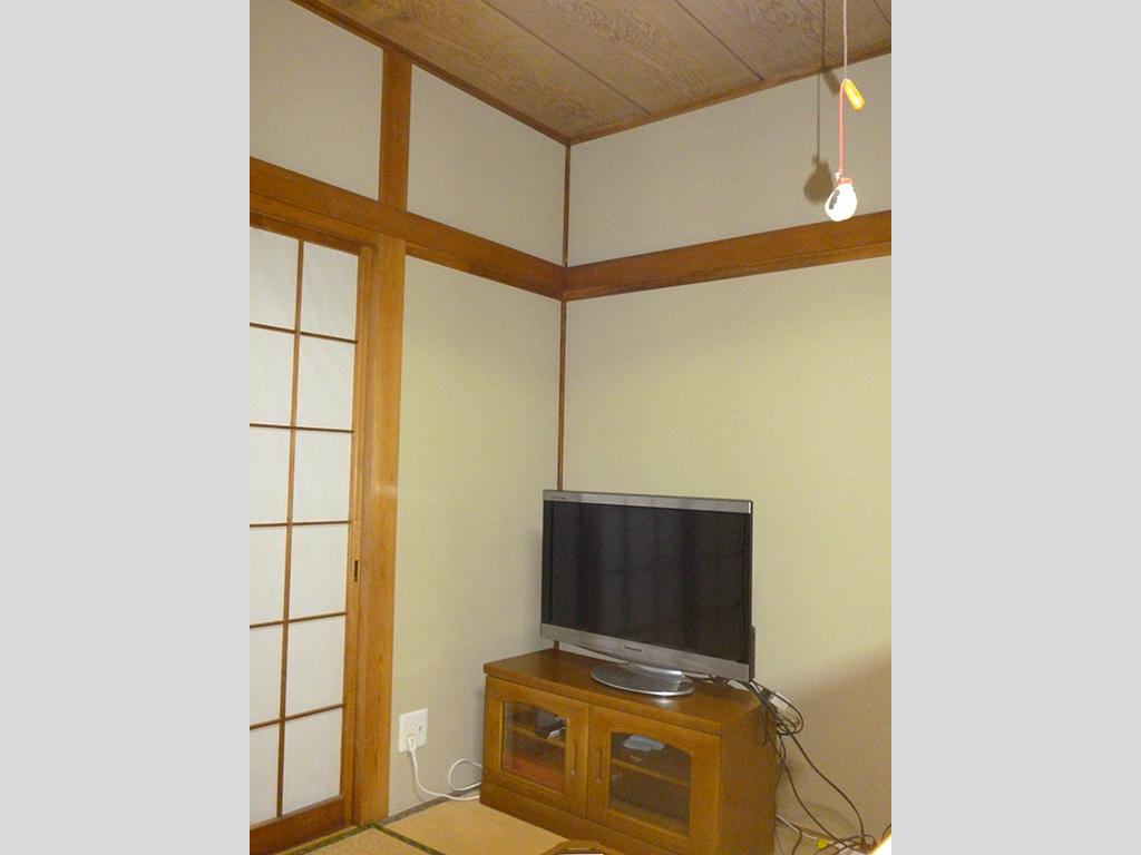 壁紙だけで明るい和室へ リフォーム ニッケン建設 人におもいよ